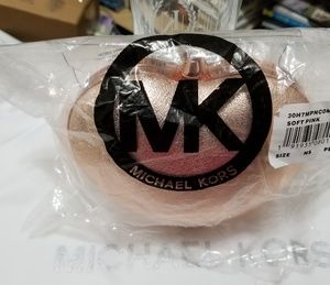 7c4c2b1fdd20 MICHAEL Michael Kors Bags - MICHAEL KORS Pearl Heart Small Leather Clutch